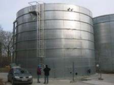Demineralisation tanks